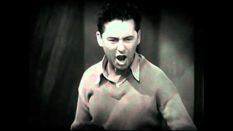 Отрывок из фильма Говарда Хьюза - Ангелы Ада (1930)