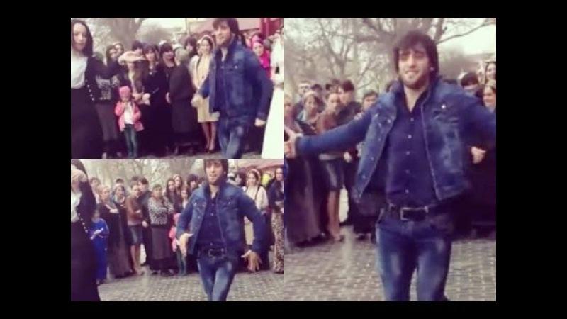 Халиев Хусейн танцует лезгинку