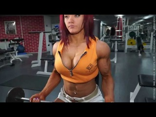 Great female muscles in action