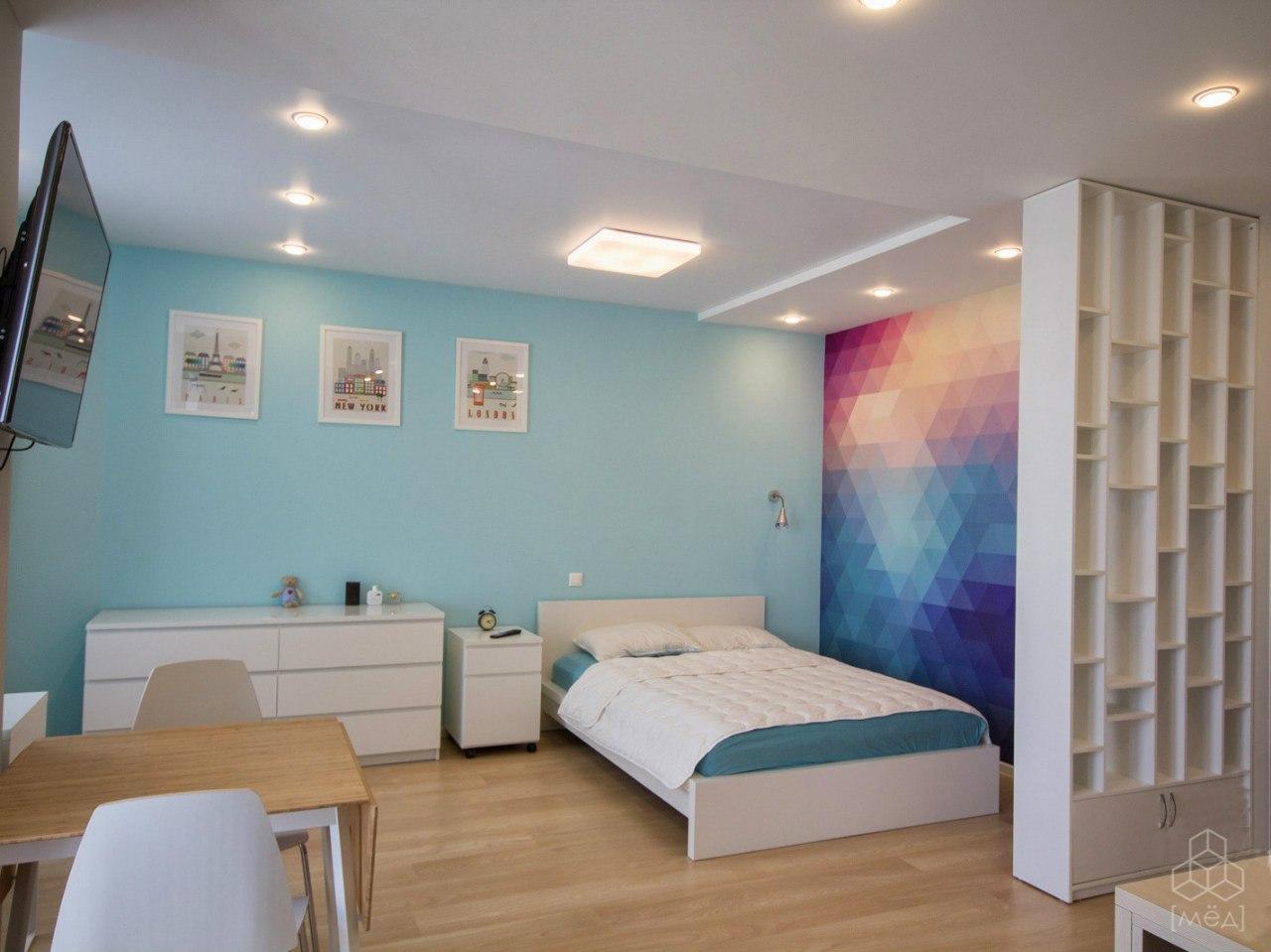 А вот что получилось по проекту квартиры 42,7 м из предыдущей новости от дизайн-студии Мёд, Екатеринбург.