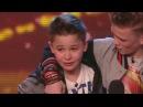 2 мальчика спели очень трогательную песнью собственного сочинения про маму! их сразу взяли в финал!