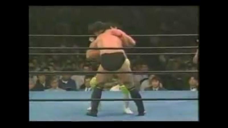 Akira Maeda vs Minoru Suzuki (28-05-1990)