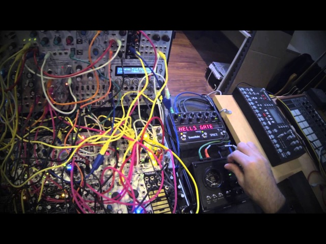 Live Modular Synth Jam. Ambient electronica (r.domain)