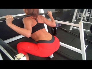 Squats Butt Building Workout in the Gym