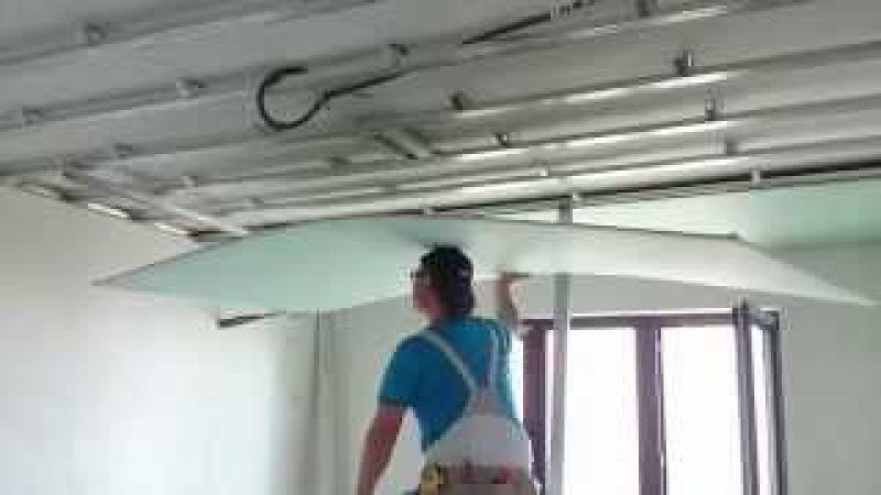 потолок 11. Самый ЛЕГКИЙ монтаж листа гипсокартона в одиночку. Easy way install drywall.