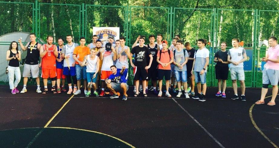 В Жулебино прошел турнир по уличному баскетболу «Правильный формат»