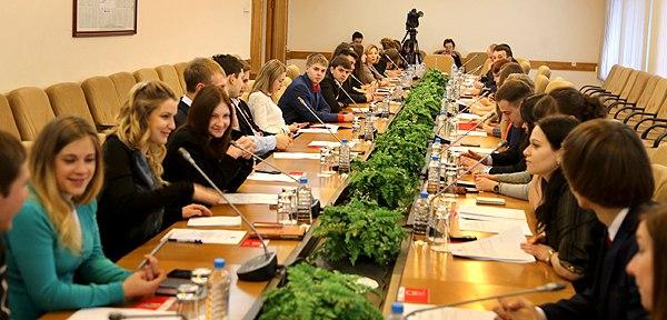 Молодые парламентарии определились с планами работы на следующий год