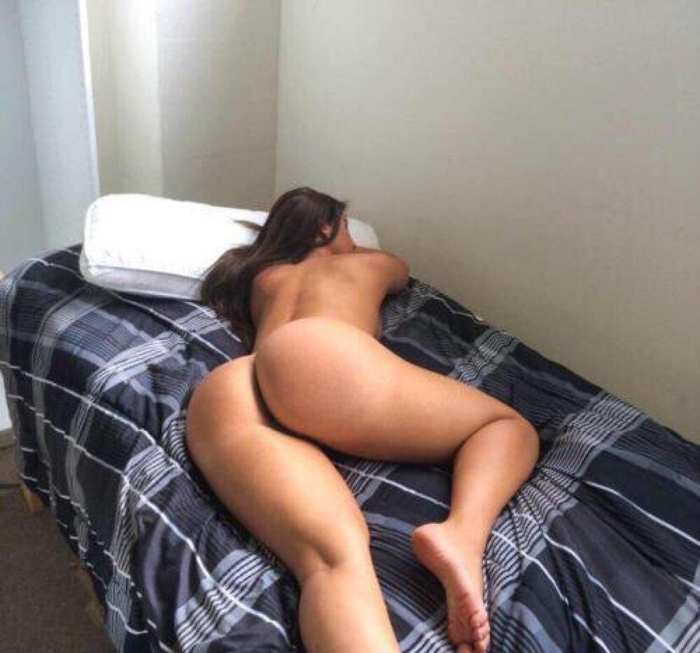 Секс с скромной девушкой с большой грудью 2 фотография