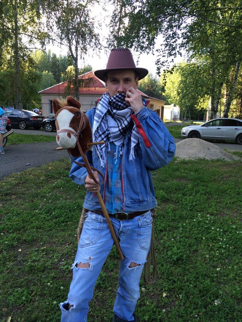 Антон Сединкин, Карпинск - фото №3