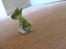 3d фигурка из бумаги Дракон с оптической иллюзией слежения