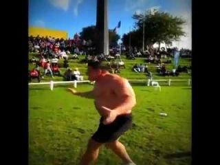 Misha Koklyaev hits 19 feet 1 inch for a World Record 25kg