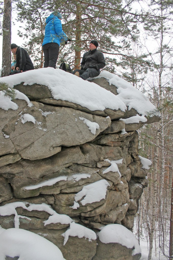 Скалы на Полдневке