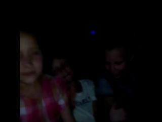 В новом кузове Мерседеса детям нужна не синяя подсветка!!!