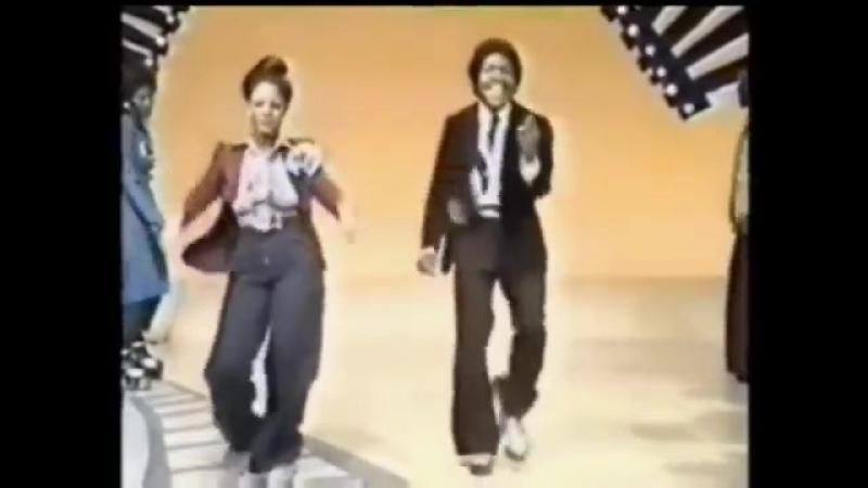 TSOP (The Sound Of Philadelphia) [Original 12 Version] - MFSB featuring The Three Degrees (1974)