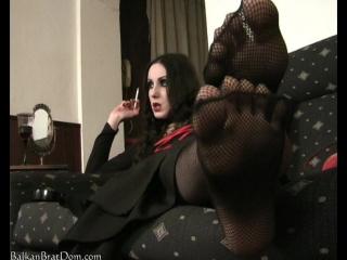 balkanbratdom.com — fishnet, stockings, foot fetish, worship, чулки, сеточка, фут фетиш