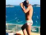 Verdadeiro video postado por Sheik no instagram dançando funk