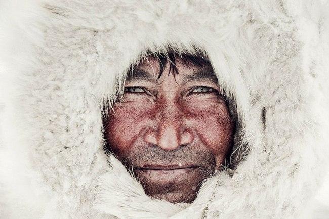 kJ5V1aKRjfI - Шокирующие фото исчезающих племен
