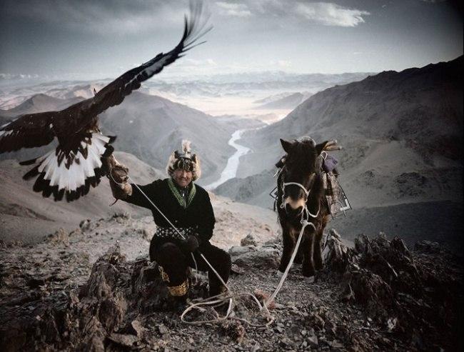 jDPgvpbU do - Шокирующие фото исчезающих племен