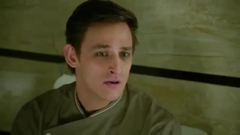 Прикол из Кухни)Нагиев застукал Дениса в своем туалете