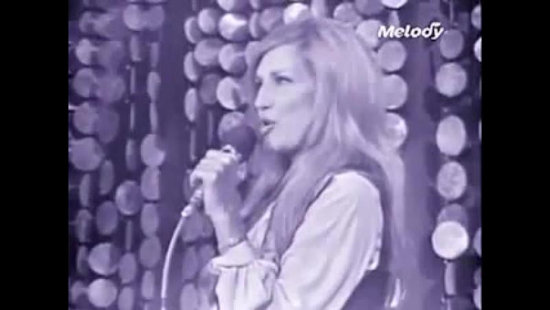 Dalida ♫ Gigi l'amoroso ♫ (extrait de l'Olympia 1974) ♫ Midi trente 19⁄01⁄1974