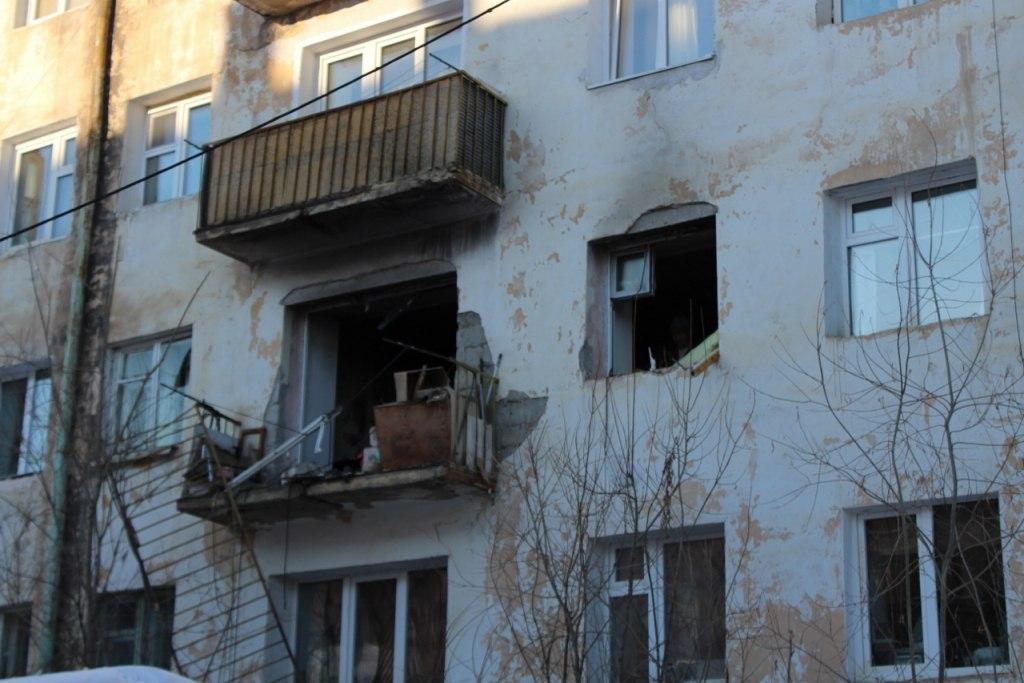 Сахатранснефтегаз назвал причины взрыва в жилом доме в Якутске
