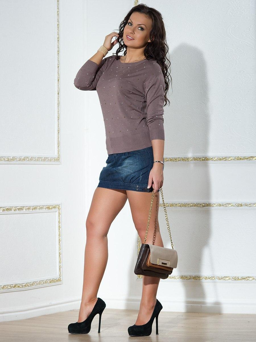 Фото девушка в джинсовой юбке 6 фотография