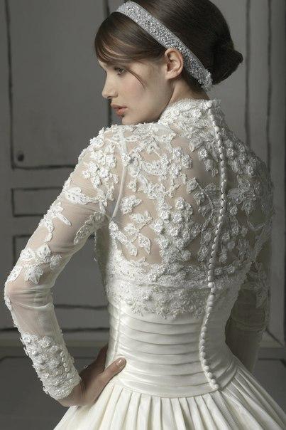 Модне та вишукане плаття з