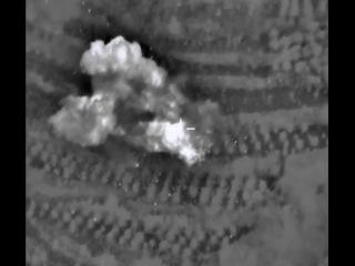 Удары ВКС РФ и систем РСЗО сирийских войск по укрепрайону боевиков в р-не спасения штурмана Су-24М