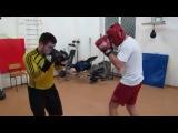 Школа бокса и кикбоксинга Андрея Рябченка (отработка боковых ударов)