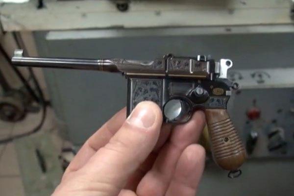 В Москве задержали изготовителя мини-копий оружия