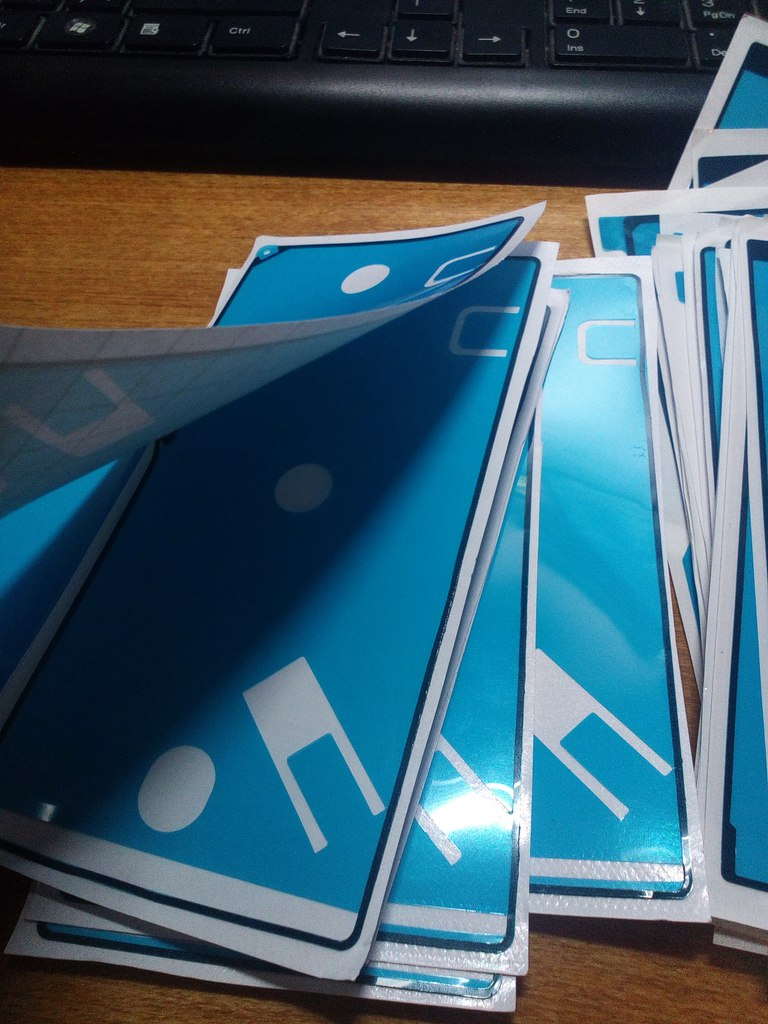 Aliexpress: Наклейки для крепления корпуса Сони  (40 штук)