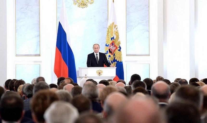 """Путин: """"Молодежь попавшая в тюрьму ломает свою судьбу"""""""