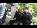 Грузинские патриоты заставляют снять российских байкеров всю военную символику