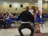 Колян танцует лучше всех))