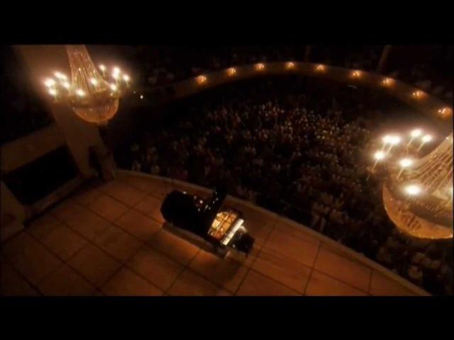 Ludwig van Beethoven Moonlight Piano Sonata No. 14. I Adagio Sostenuto   D. Barenboim