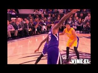 Kobe Bryant Dunk alley-oop  
