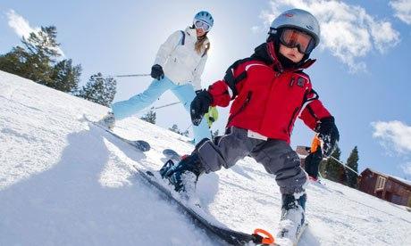 В период весенних каникул для школьников на курорте «Архыз» будет действовать скидка на прокат горнолыжного инвентаря
