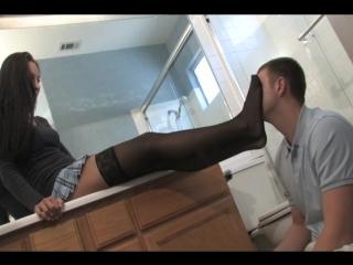 Фут фетиш #femdom #trampling #fetish #foot #cbt #smother #ballbusting #footjob #coons #Handjob #fingering #squirt #Golden shower