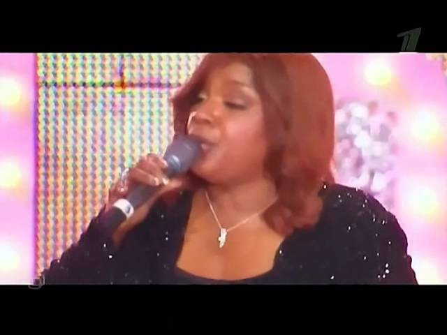 Gloria Gaynor - I Will Survive Live Discoteka 80 Moscow 2007