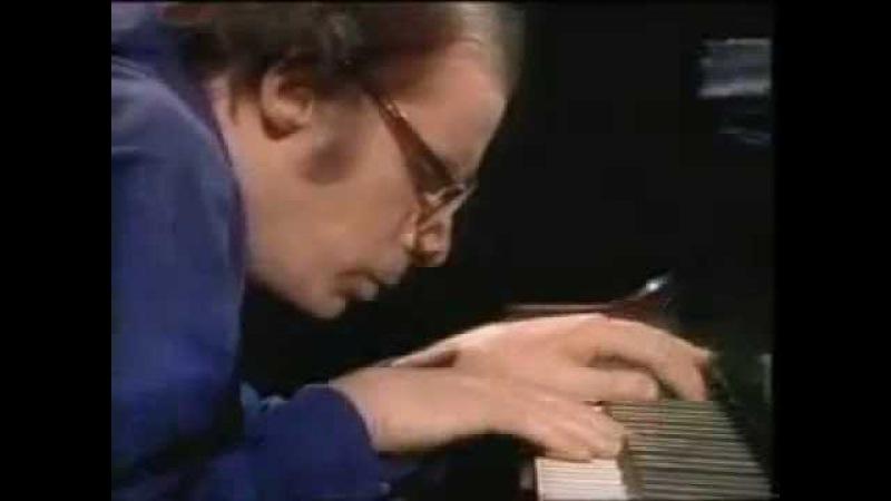 Bach Contrapunctus XIV Glenn Gould