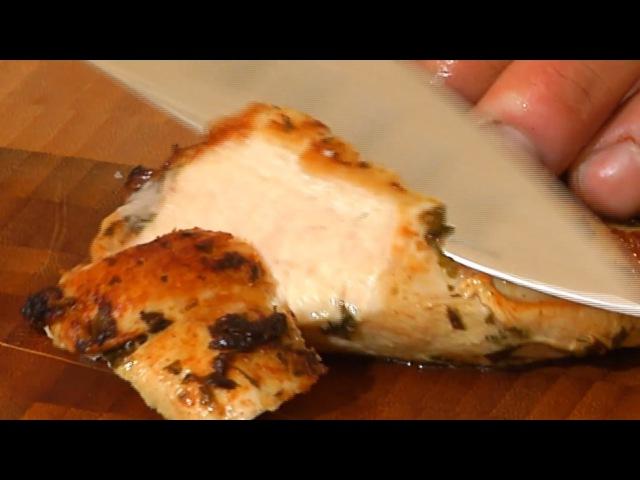 Как приготовить сочные куриные грудки Американская кухня I Вкусно с нами