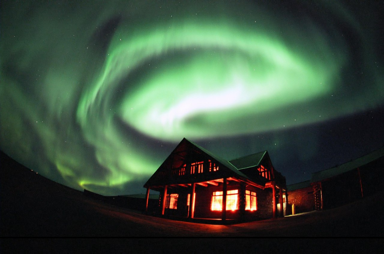nothern lights essay Northern lights essay word count: 357 approx pages: 1 the aurora borealis, other known as northern lights, are a very colorful, striking image of curtain like colors moving throughout the sky.