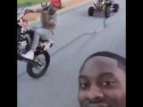 Уличный беспредел на мотоциклах в Америке SuperMotoRu
