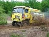 Ралли грузовиков по грязи