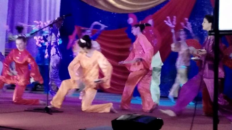 Японский танец.СВІТАНОК г. Кременная