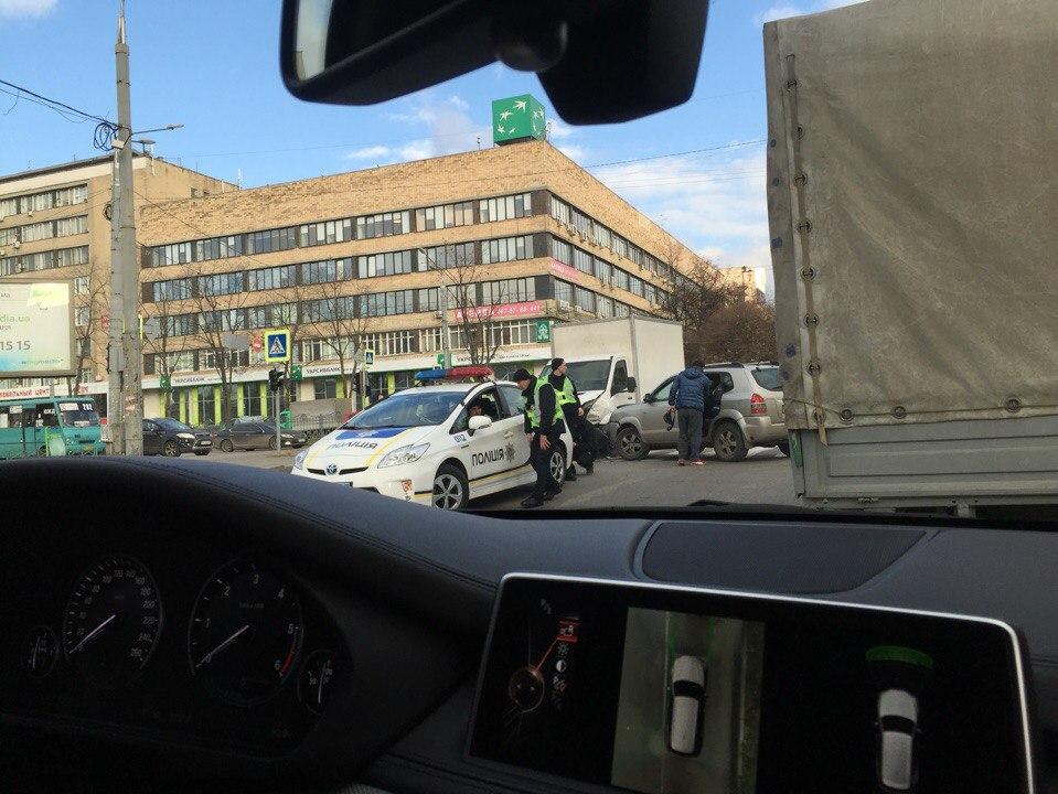 Необычные разборки в Харькове (ФОТО)