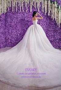 Оптом свадебные платья в алматы