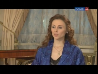 anna-somova-golaya
