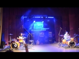 МИНИ ДРАМФЕСТ 2015 drum battle Evanescence Bring Me To Life. Вахид Моллаев vs Кит Карасев.