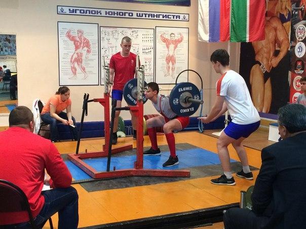 Бавлинские спортсмены заняли призовые места на первенстве Татарстана по пауэрлифтингу